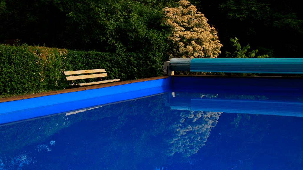 Schwimmbad nacktbaden Wo darf
