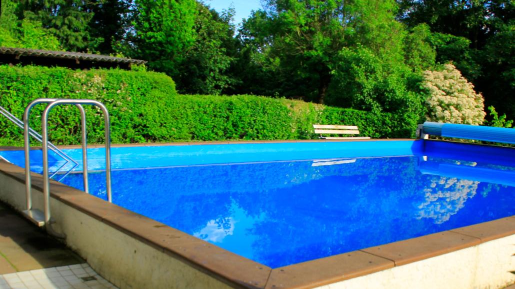 Schwimmbad nacktbaden FKK Badeseen